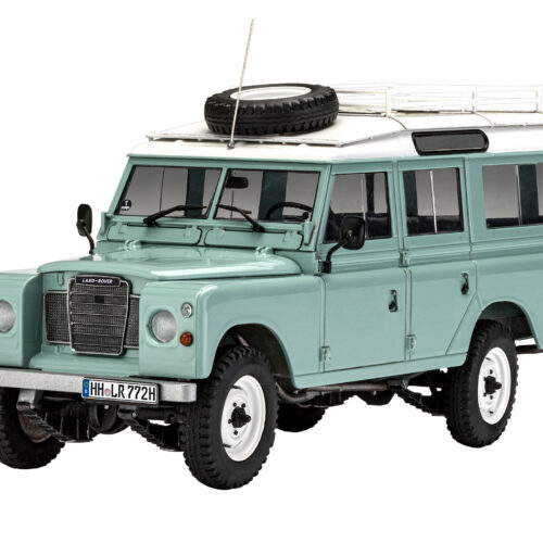 Revell plastic model Land Rover Series III 1:24