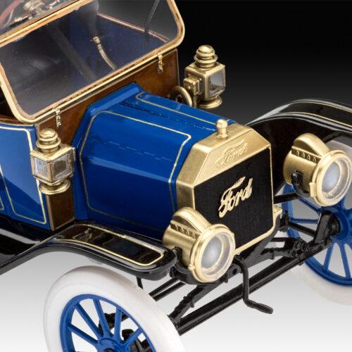 Revell plastic model Ford T Modell Roadster (1913) 1:24