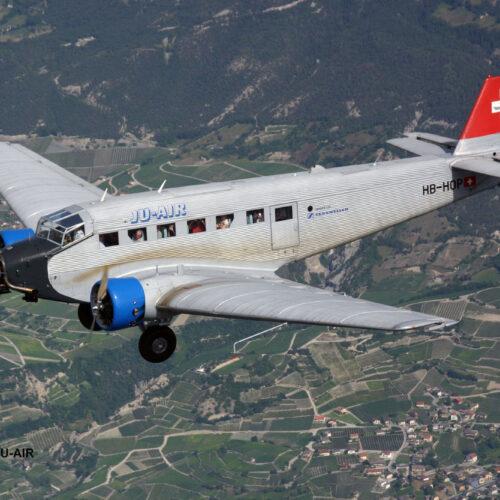 Revell plastic model Junkers Ju52/3m Civil 1:72