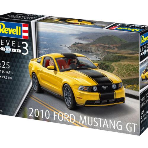 Revell plastic model 2010 Ford Mustang GT 1:25