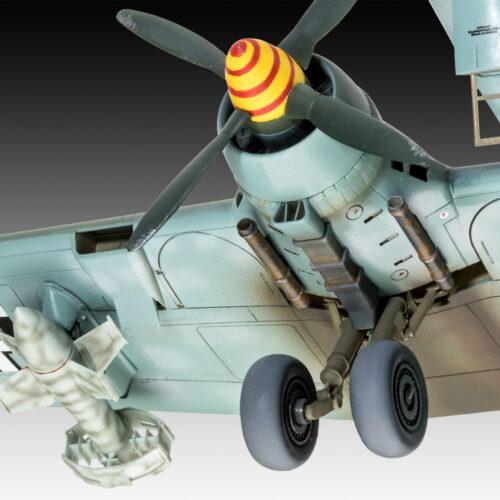Revell plastic model Heinkel He177 A-5 Greif 1:72