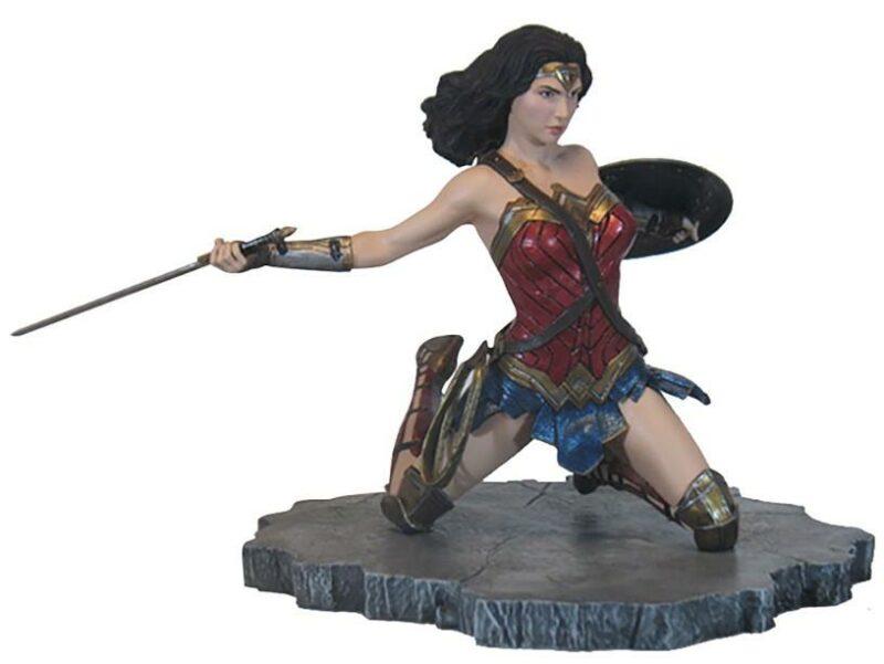 Gallery Diorama: DC Comics – Justice League Gallery – Wonder Woman Statue, 23cm